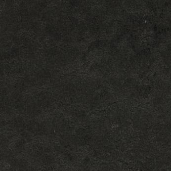 black hole 370735